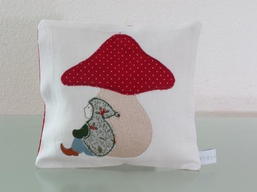 embroidery designs stickdateien shop online kaufen pilzchen