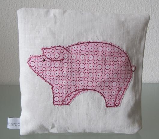 Glücksbringer Schwein Stickmotive online kaufen shop bernina pfaff